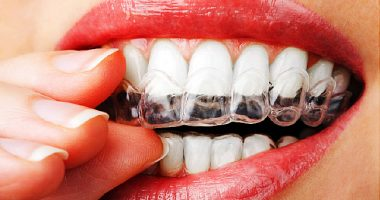 Best At Home LED Light Teeth Whitening Kit Reviews 2019